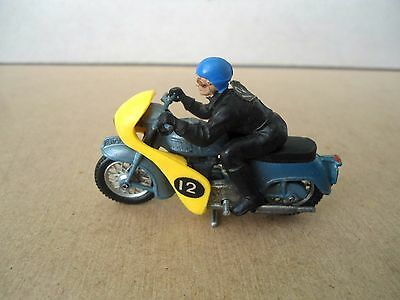Britains no.9696 Triumph Twin Speed Motorcycle - YELLOW Faring.Vintage 1:32