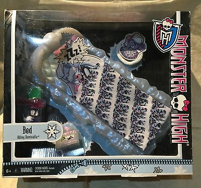 Monster High Abbey Bominable Bed Playset New