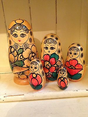 Vintage Hand Painted Wooden 5 pieces Russian Nesting Doll Stacking Matryoshka