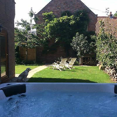 Luxury Break With Large Hot Tub And Pet Friendly