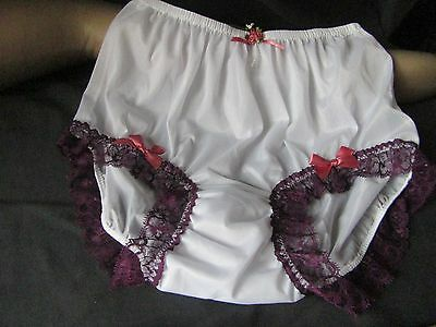 Vtg Sissy White Nylon Knickers With Lace And  Satin Bows