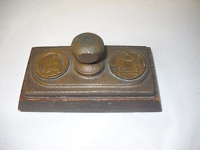 1958 SINGER 50th ANNIVERSARY OAK & BRONZE ADVERTISING PAPERWEIGHT SEWING MACHINE