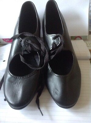Ladys Tap Shoes size 41/2 Rich Valley