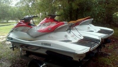 Two-2005 Yamaha Waverunners vx110 with trailer(Shipping available)