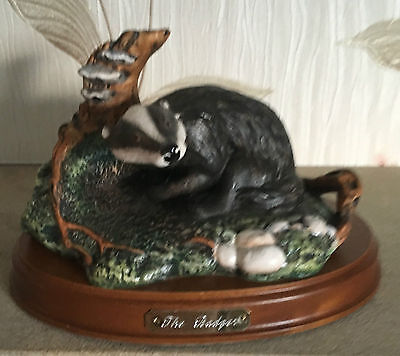 ROYAL DOULTON BADGER MODEL No.DA 8 ON WOODEN BASE PERFECT VERY RARE