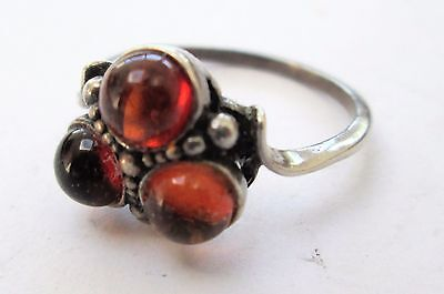 Good quality vintage sterling silver & amber ring