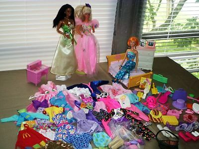 Great Huge Lot Of Barbie Clothes With Dolls,furniture And Accessories.