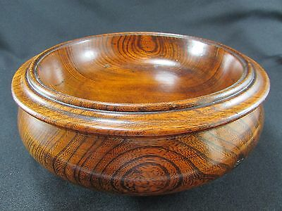 Large Turned Elm Circular Bowl c.1900-10