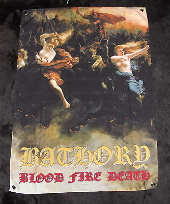 "Drapeau/Flag Officiel du groupe de métal "" BATHORY "" Blood Fire Death"