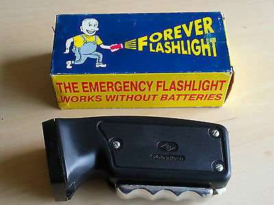 Nice Working Vintage BLACK Handcrank Emergency Forever Flashlight Made In Russia