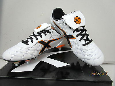 X  Blades Men Legend Sleek 16 Screw In Studs Football Boot Size 12. Usa 11. Uk