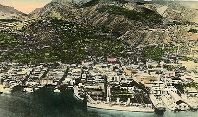 """Honolilu Hawaii""""the Fairnhaven And Mountain Background Hand Colored 1930S"""