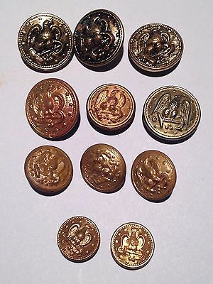 Lot of 11  Vintage  Buttons US NAVY WW2 Eagle facing right  & Anchor