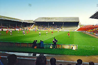 Aberdeen FC: The old Beach End stand, Pittodrie, in 1992 - RARE 6x4 postcard