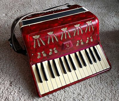 Piano accordion - pick up from Waterloo, Sydney only