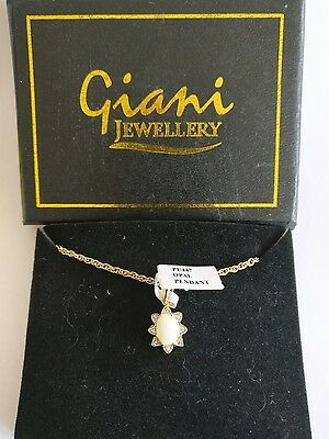 Vintage boxed Giani Jewellery opal pendent