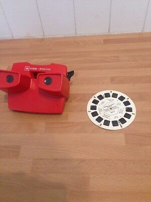Vintage Collectible 3D View-master Toy. With Michael Jackson Thriller Disc.