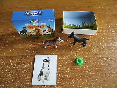 Breyer Pocket Box Dogs - Beagle and Doberman