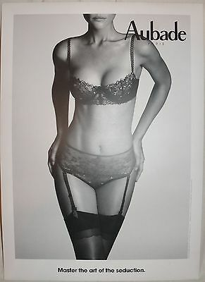 AUBADE S/W Druck Werbung Aufsteller MASTER IN THE ART OF SEDUCTION 53x38 NEU