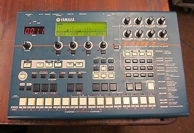 Yamaha RM1x Sequence Remixer Drum Sound Module MIDI Sequencer with hard case