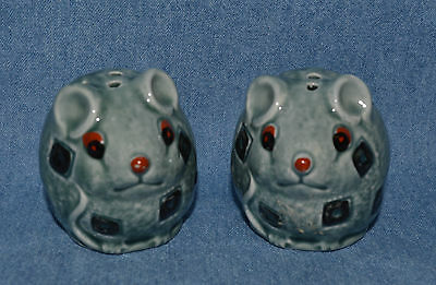 Vintage Set Of Salt & Pepper Shaker, A Cute Pair Of Two Very Fat Round Mice