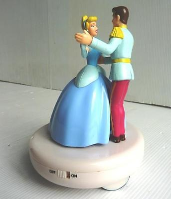 Disney- Cinderella & Prince Charming- Battery Operated Musical & Dancing Figures