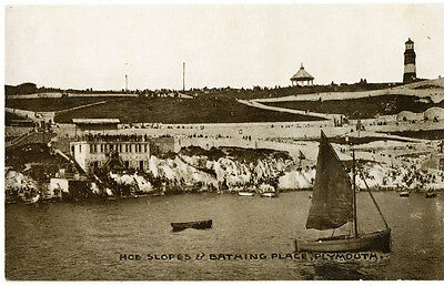 Vintage postcard Hoe Slopes & Bathing Place, Plymouth, Devon