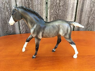 Breyer Molding Co Traditional #1156 Action Stock Foal Moonbeam Grullo Foal 05-08
