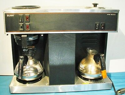 Bunn VPS Commercial Pourover Coffee Brewer Machine  w/ 3 Warmers Clean