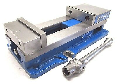 "NICE! KURT ANGLOCK 6"" MILLING MACHINE VISE w/ JAWS & HANDLE - #D688"