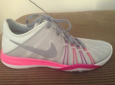 Girls Brand New Nike Sneakers, Size US 6.5