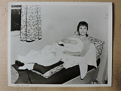 Debbie Reynolds with her injured leg original candid photo 1959 Say One for Me