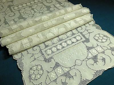 Antique Vtg White Linen Mosaic Lace Punchwork Runner #2