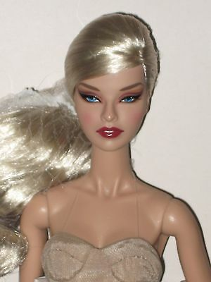 Wu FR2 Fashion Royalty doll NRFB Mademoiselle Jolie Ombres Poétique W Club Excl.