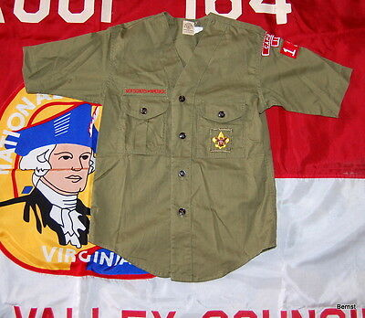 SHORT SLEEVE BOY SCOUT UNIFORM  SHIRT WITH INSIGNIA - c.1960's