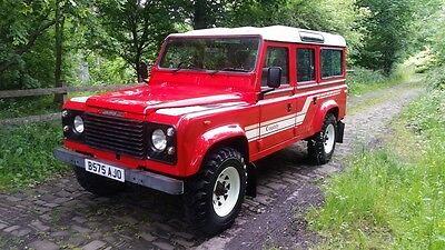 Land Rover Defender 110 V8 County Station Wagon USA Export 4x4 CSW Off Road SUV