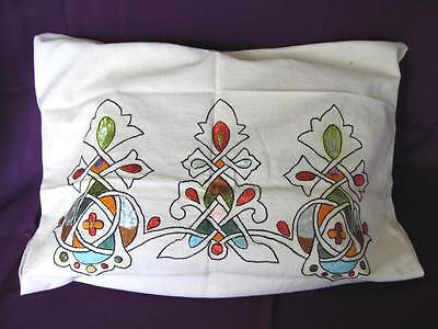 1920s VINTAGE SET OF TWO HAND EMBROIDERED COTTON PILLOW CASES