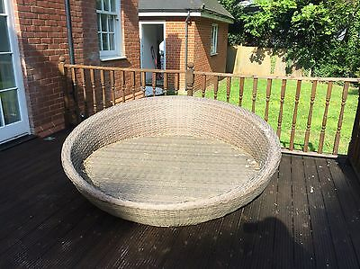 Rattan Round Day Bed/sun Lounger - Outdoor Furniture