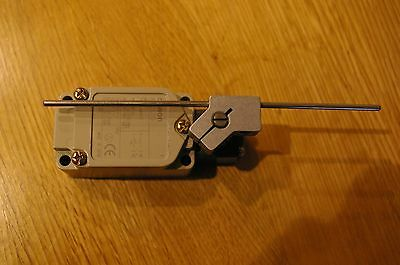 Omron WLCL-G switch