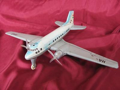 1950s VINTAGE WORKING MECHANICAL CHILD TIN TOY AEROPLANE HUNGARIAN AIRLINES