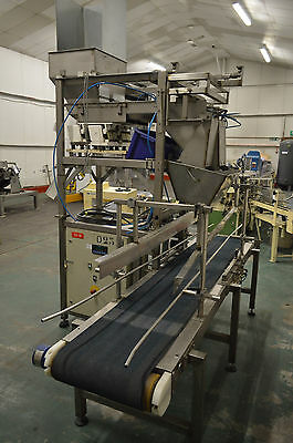 Bag filling machine. Ward becker twin vibrating linefeed.free delivery 150 miles