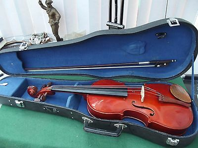 The Stentor Student Viola (Left Handed) With Bow And Case