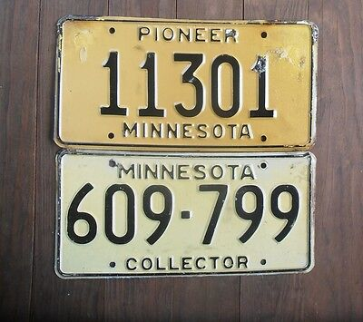 Set of 2 Vintage MINNESOTA Antique License Plate Tags