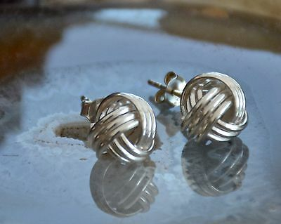 Pretty Pair 925 Sterling Solid Silver Knot Design Stud Earrings