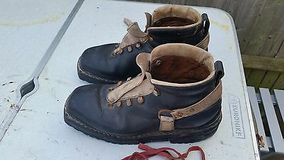 Vintage ski boots handmade in italy