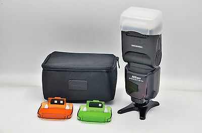 Nikon Speedlight SB-910 / SB910 Shoe Mount Flash