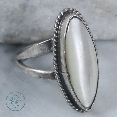 Vintage Sterling Silver | NAVAJO Elongated Braided MOP | Ring