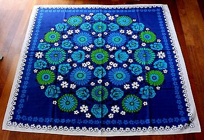 Vintage Retro Funky 1970s Table Cloth Tablecloth 115 x 115