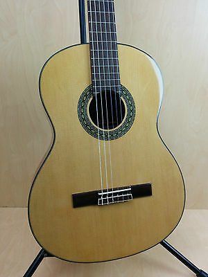 4/4 Caraya SCG-928N Nylong String Classical Guitar,Natural+Free Gig Bag,Strings