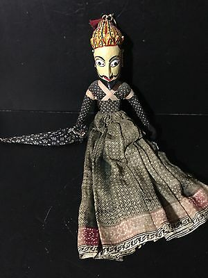 LARGE ANTIQUE VINTAGE ASIAN INDONESIAN WAYANG GOLEK PUPPETS DOLLS wall hanging